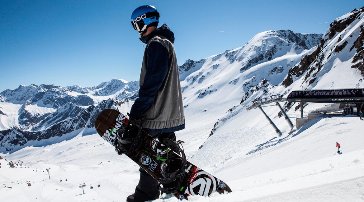 Snowboarden am Kaunertaler Gletscher
